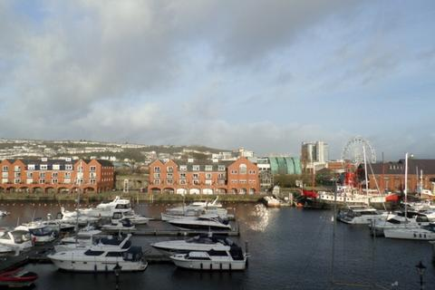 1 bedroom apartment to rent - Ambassador House, Trawler Road, Swansea. SA1 1XZ