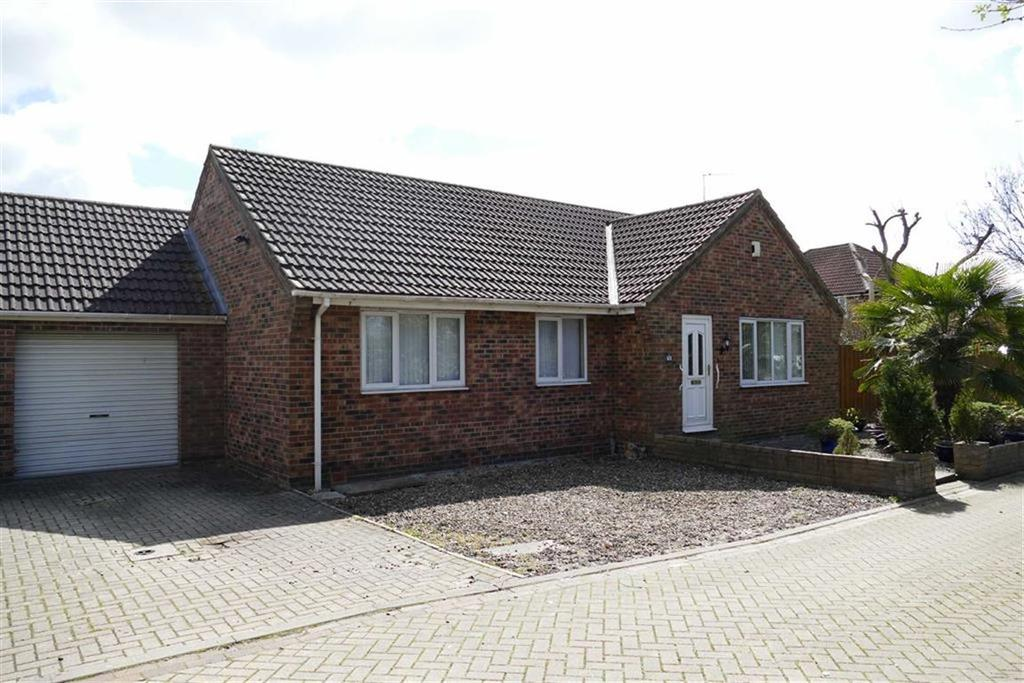3 Bedrooms Detached Bungalow for sale in Parkside, Market Weighton