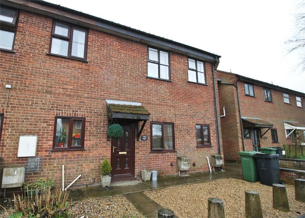 2 Bedrooms Flat for sale in Chapel Street, Shipdham, Norfolk