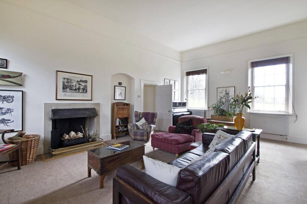 3 Bedrooms Unique Property for sale in Maze Hill, Greenwich, London, SE10