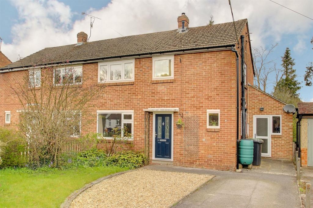 4 Bedrooms Semi Detached House for sale in Chawton Park Road, ALTON, Hampshire
