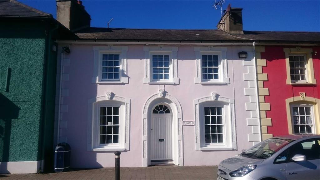 3 Bedrooms Terraced House for sale in Alban Square, Aberaeron, Ceredigion