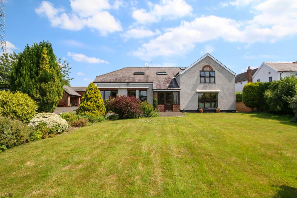 5 Bedrooms Detached House for sale in Dobers Lane, Frodsham