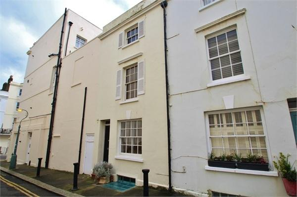 3 Bedrooms Terraced House for sale in Lower Market Street, Hove, East Sussex