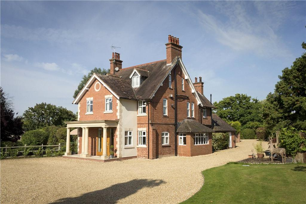 6 Bedrooms Detached House for sale in Hunger Hill, Henley-in-Arden, Warwickshire, B95
