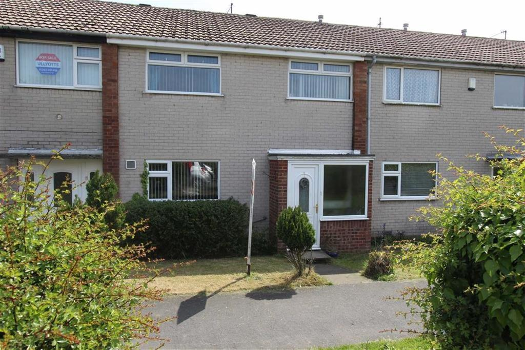 3 Bedrooms Terraced House for sale in Burstall Hill, Bridlington, East Yorkshire, YO16