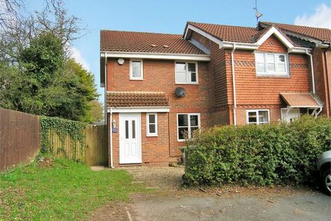 3 bedroom semi-detached house to rent - Jaycroft Close, Pontprennau, Cardiff