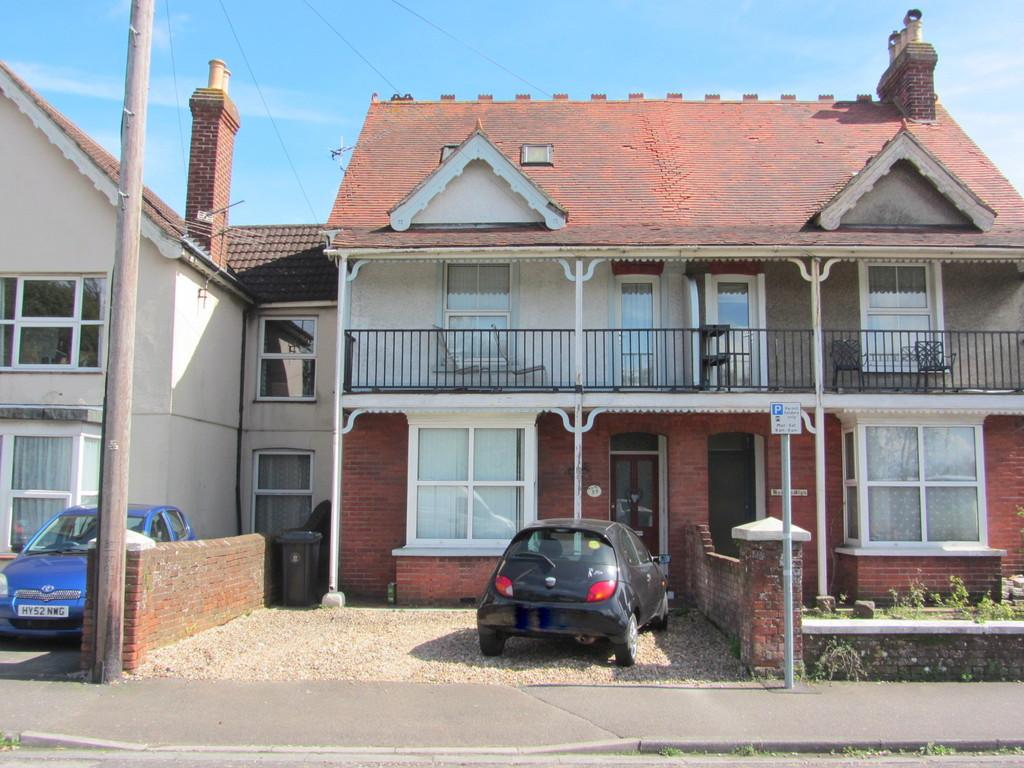 4 Bedrooms Semi Detached House for sale in Stockbridge Road, Chichester