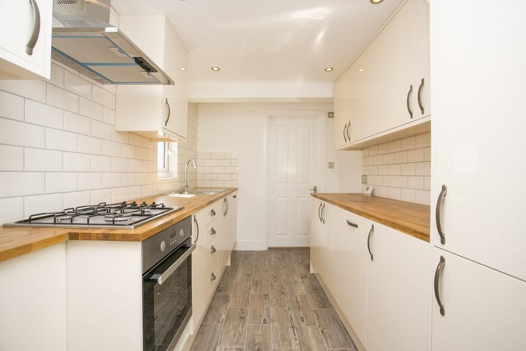 2 Bedrooms Apartment Flat for sale in St. Johns Road, Tunbridge Wells