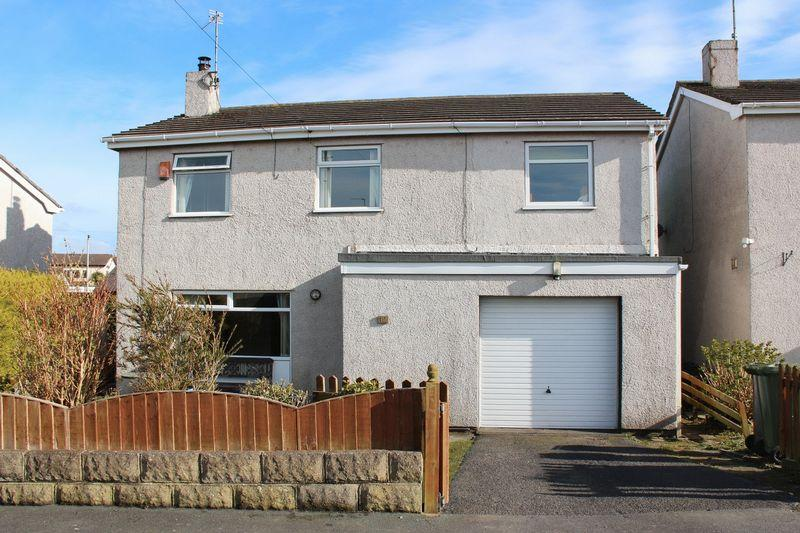 4 Bedrooms Detached House for sale in Trefonnen Estate, Holyhead