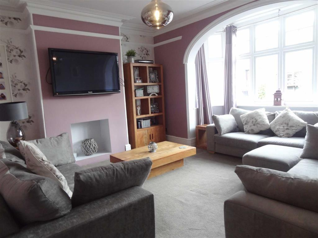4 Bedrooms Villa House for sale in Gawber Road, Old Town, Barnsley, S75