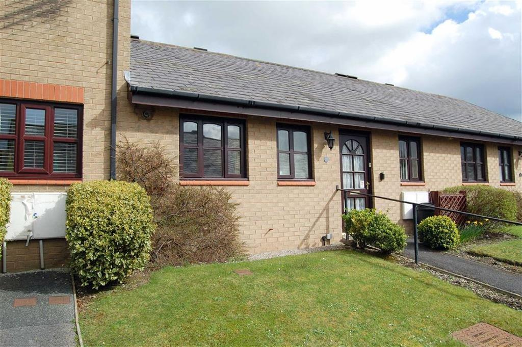 2 Bedrooms Sheltered Housing Retirement Property for sale in Maes Berllan, Craig Y Don, Llandudno, Conwy