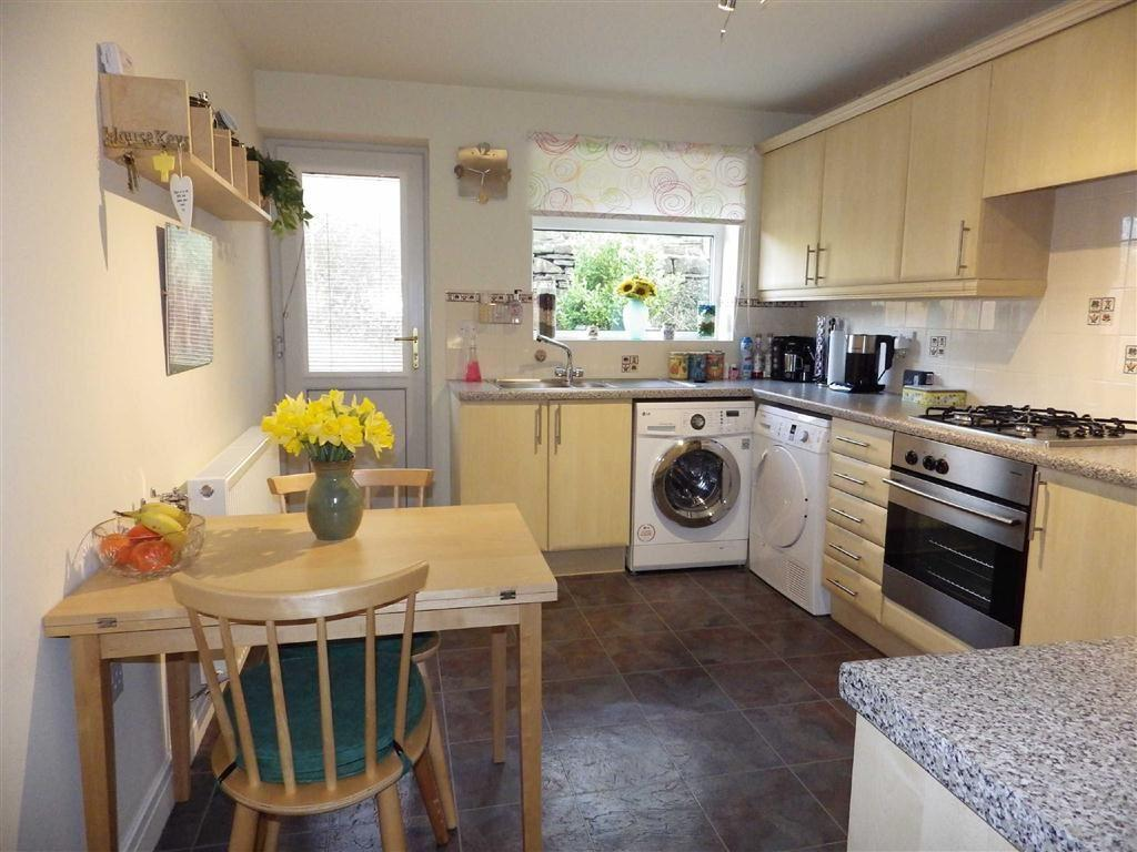 3 Bedrooms Semi Detached House for sale in Foxfield Drive, Whitewell Bottom, Rossendale, Lancashire, BB4