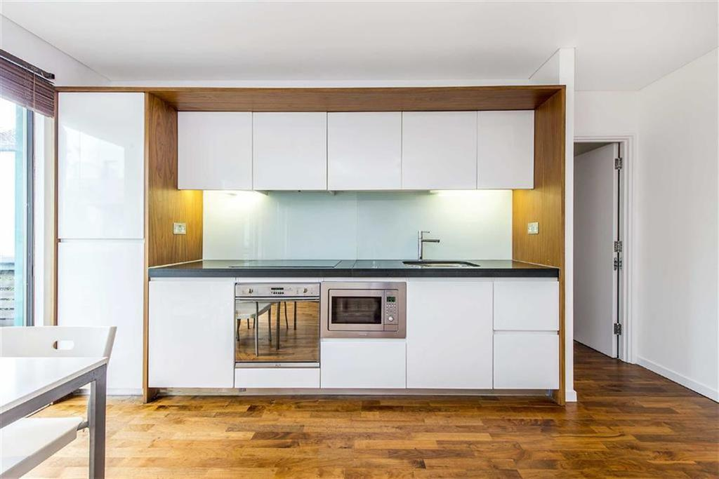 Blueprint apartments balham grove balham 2 bed flat to rent image 3 of 11 malvernweather Choice Image