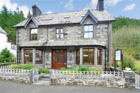 Guest house for sale - Holyhead Road, Betws Y Coed, Conwy