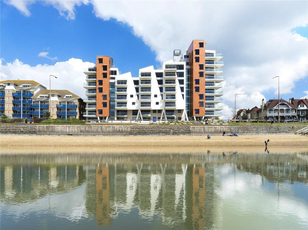 2 Bedrooms Flat for sale in E16, The Shore, 22-23 The Leas, Westcliff On Sea, Essex, SS0