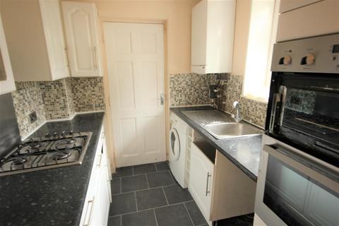 2 bedroom apartment to rent - Newick Road, Brighton