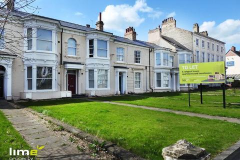 4 bedroom townhouse to rent - Beverley Road, Hull, HU3 1XR