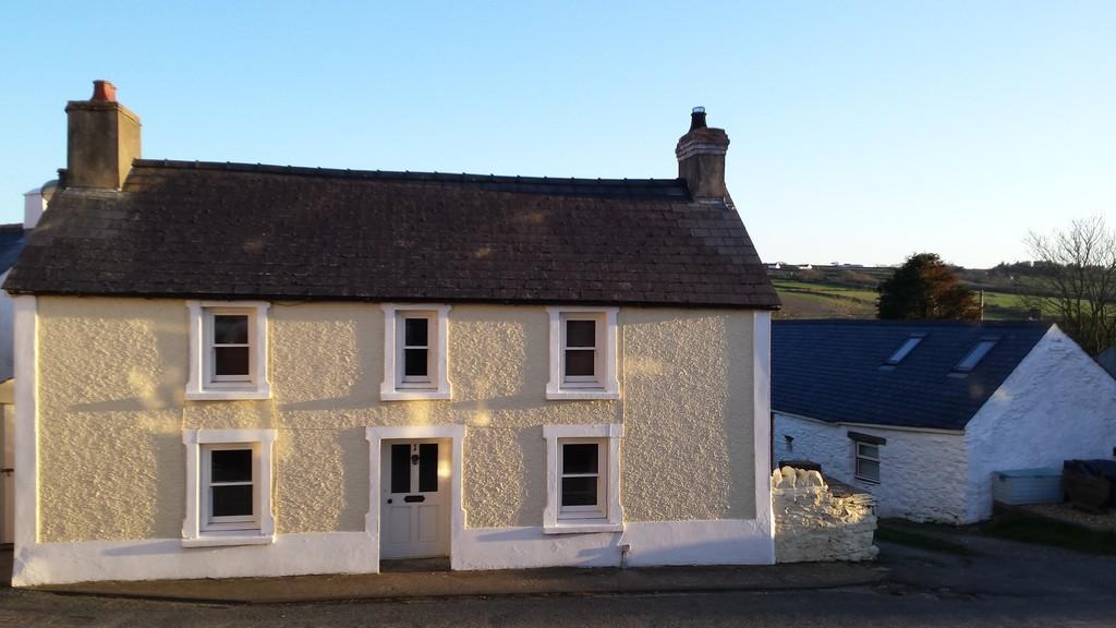 5 Bedrooms Detached House for sale in 1 Ffordd Y Felin