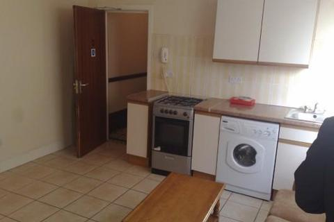 1 bedroom flat to rent - Ninian Road, Cardiff, CF23