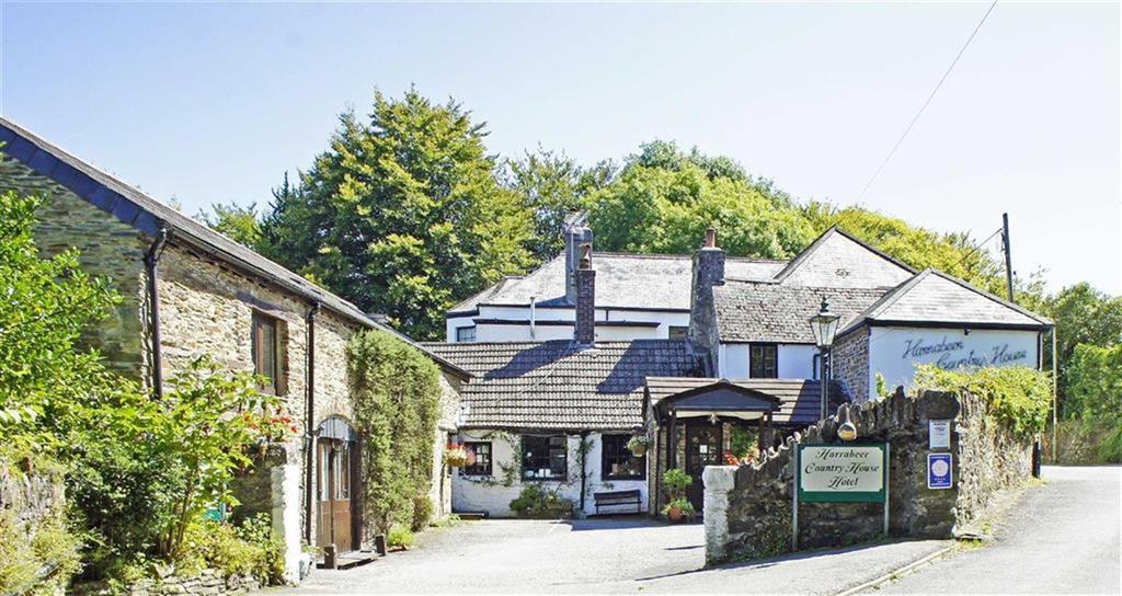 6 Bedrooms Detached House for sale in Harrowbeer Lane, Yelverton, Devon, PL20