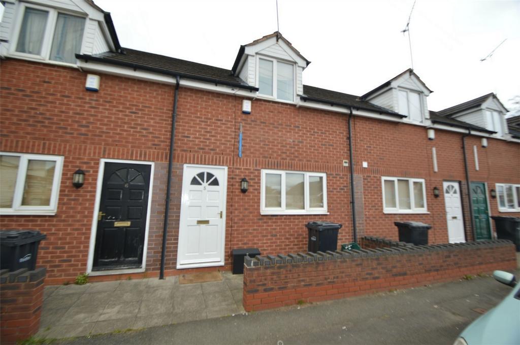 2 Bedrooms Terraced House for sale in Bradley Street, Brierley Hill, West Midlands