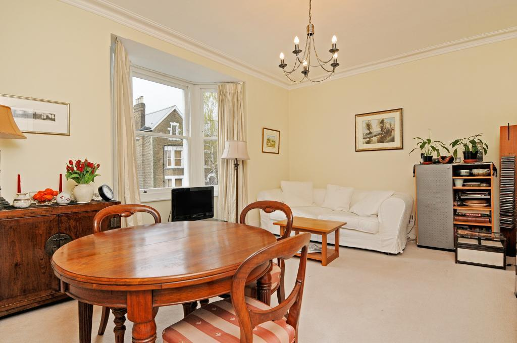 1 Bedroom Flat for sale in Church Road, Richmond, Surrey, TW10