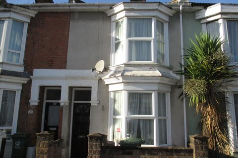 2 bedroom terraced house to rent - Shearer Road, Fratton