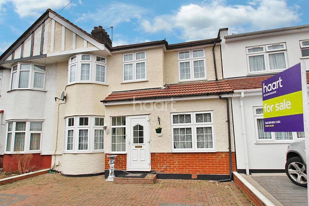 5 Bedrooms Semi Detached House for sale in Mossford Lane, Barkingside