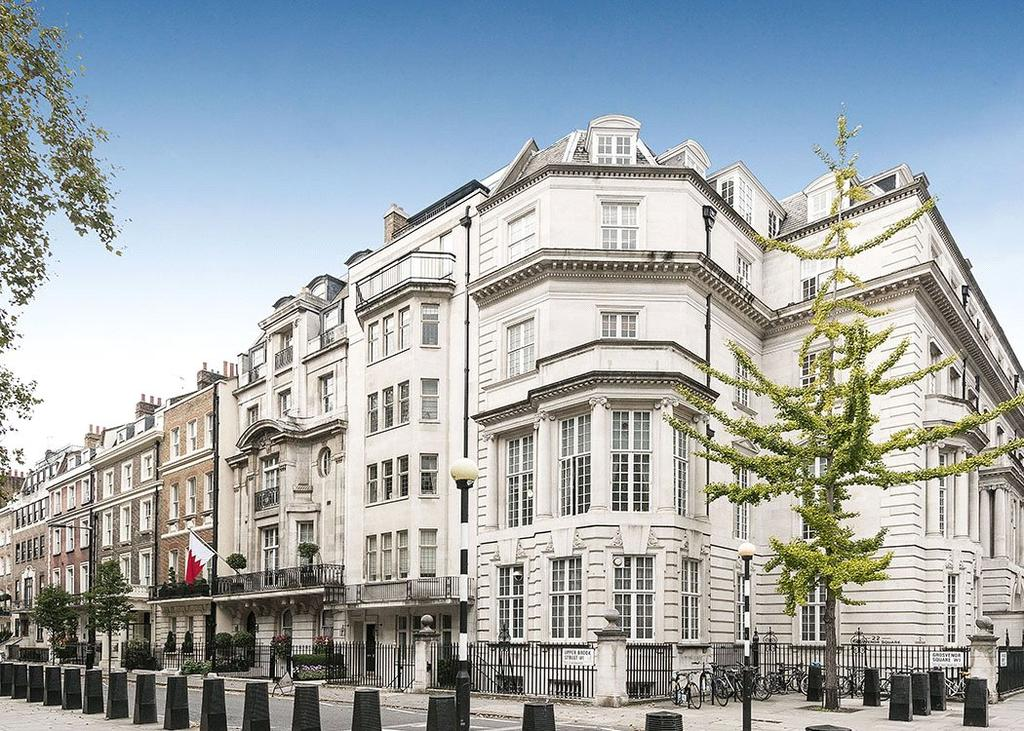 2 Bedrooms Flat for sale in Upper Brook Street, Mayfair, London, W1K