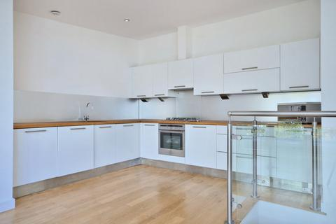 3 bedroom house to rent - Bouton Place, Islington, London, N1