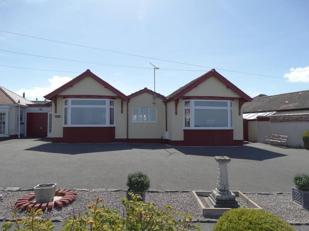 4 Bedrooms Detached Bungalow for sale in 121 Marine Drive, Rhos on Sea, LL28 4HY