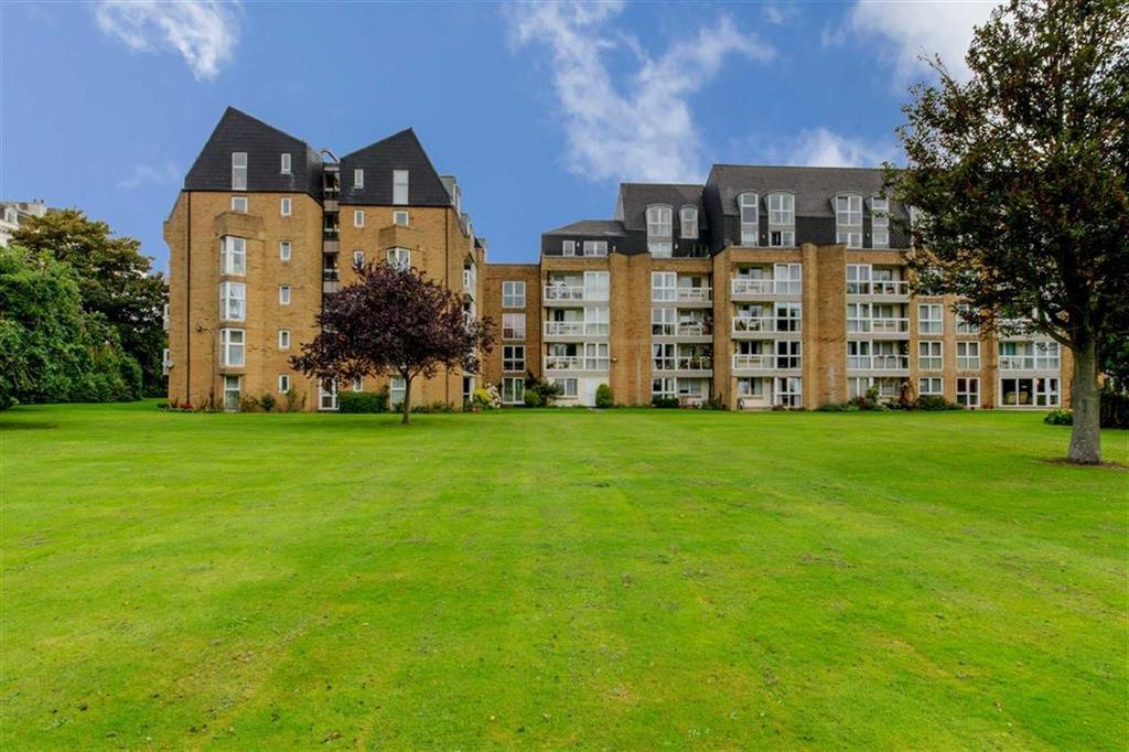 1 Bedroom Flat for sale in Homepine House, Folkestone, Kent