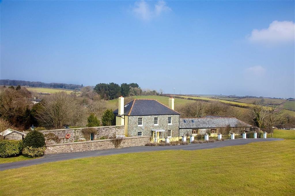 5 Bedrooms Detached House for sale in Blackawton, Country Retreat, Nr Dartmouth, Devon, TQ9