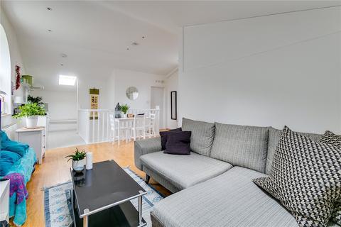 1 bedroom flat to rent - Broughton Street, London