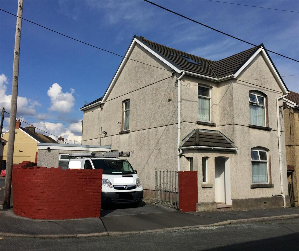 3 Bedrooms Detached House for sale in Park Terrace, Burry Port, Llanelli
