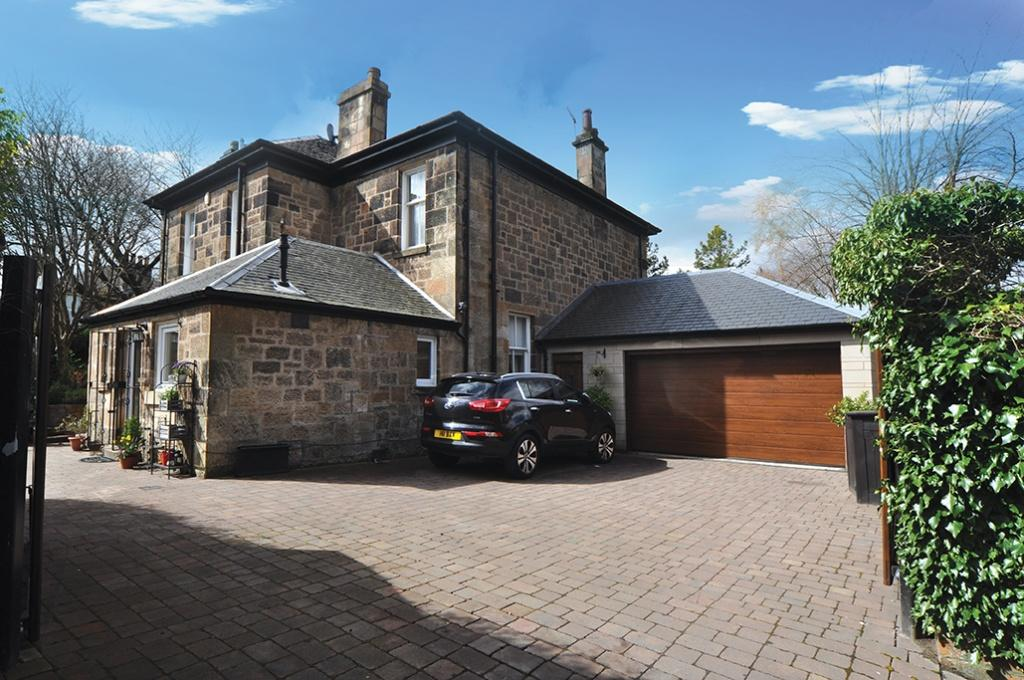 4 Bedrooms Detached Villa House for sale in 15 Langside Drive, Newlands, G43 2EP