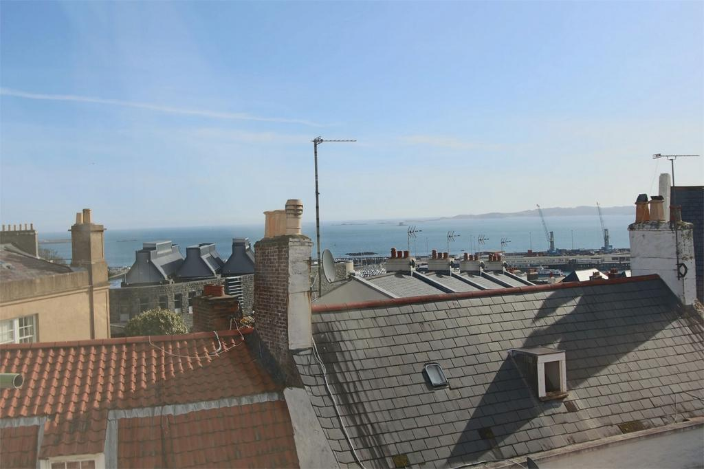 2 Bedrooms Flat for sale in Apartment 3, 5 Saumarez Street, St Peter Port, TRP 76