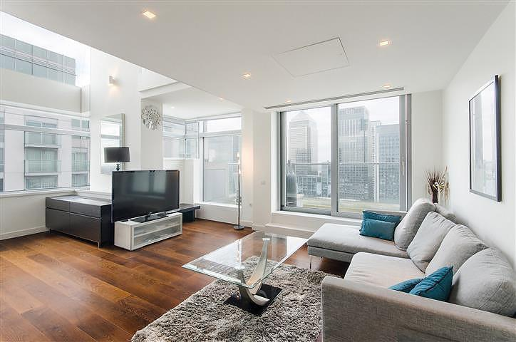 2 Bedrooms Flat for rent in Pan Peninsula East, Pan Peninsula Square, Nr Canary Wharf, London, E14