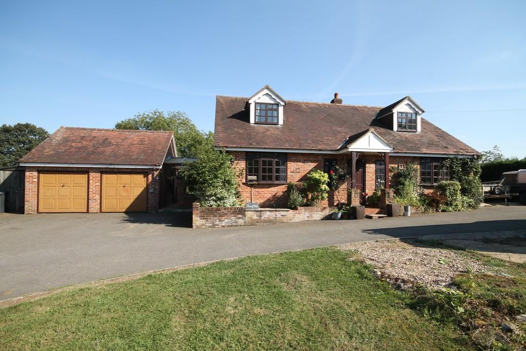 4 Bedrooms Detached House for sale in Medcalf Hill, Widford