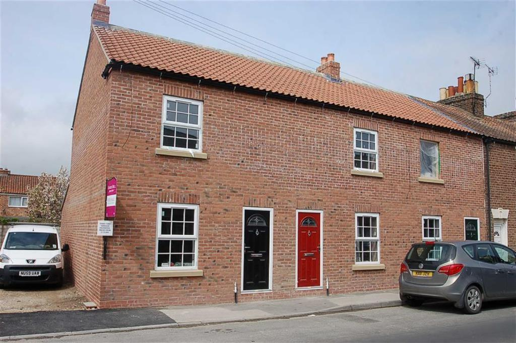2 Bedrooms Terraced House for sale in Brookland Road, Bridlington, East Yorkshire, YO16