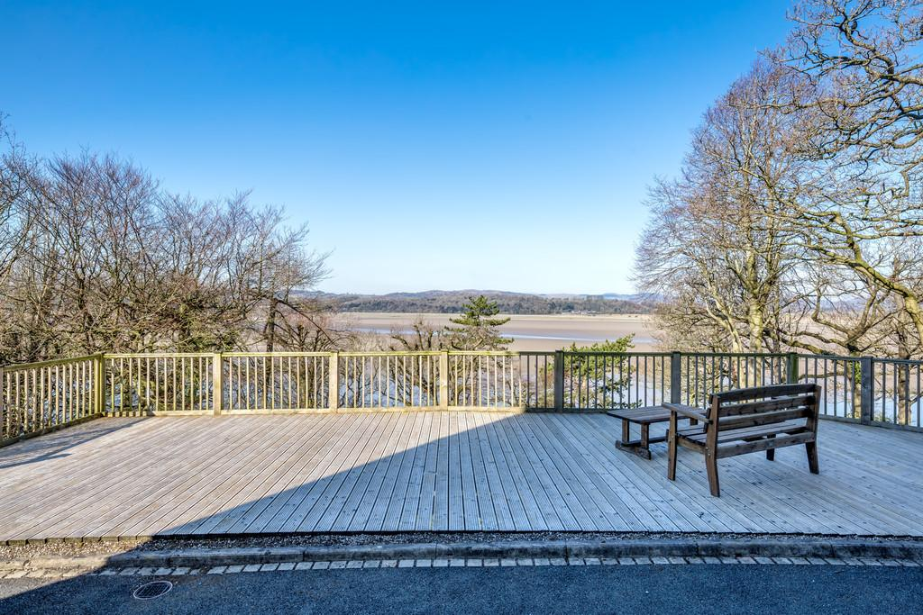 7 Bedrooms Detached House for sale in Oakmount, Redhills Road, Arnside, LA5 0AT