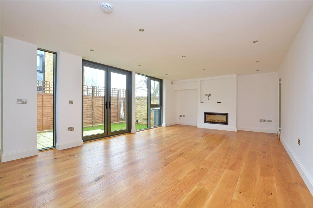 4 Bedrooms Terraced House for sale in Rushgrove Mews, Rushgrove Street, Woolwich, London, SE18