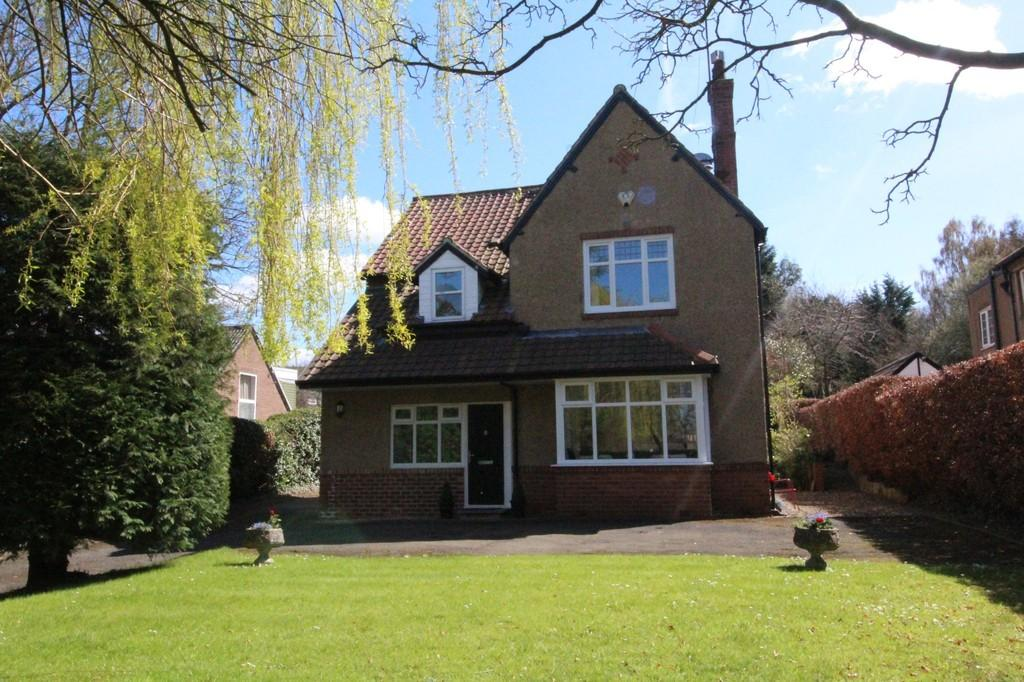 4 Bedrooms Detached House for sale in Painshawfield Road, Stocksfield