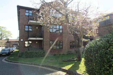 2 bedroom apartment to rent - Parkhill Road, Bexley