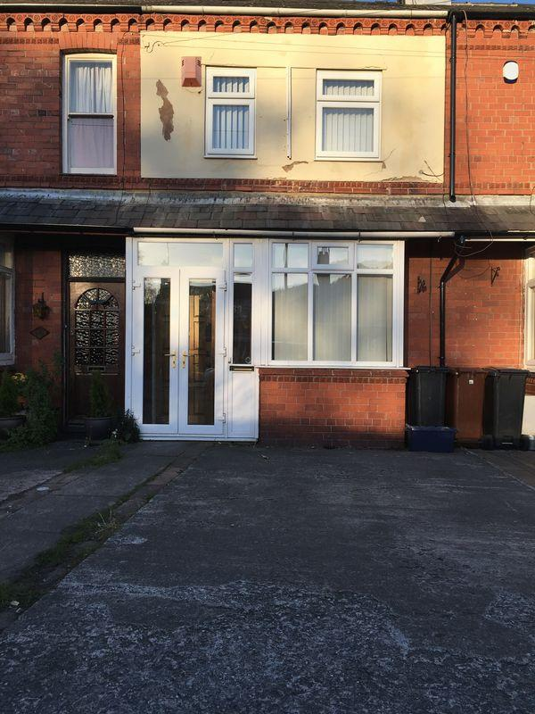 2 Bedrooms Terraced House for sale in Hawarden Road, Hope, Wrexham