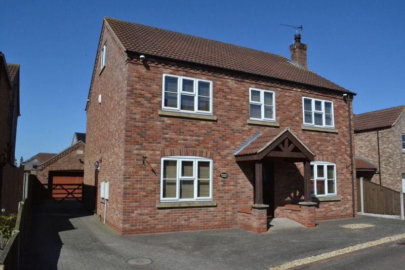 5 Bedrooms Detached House for sale in Waggoners Close, Scotter