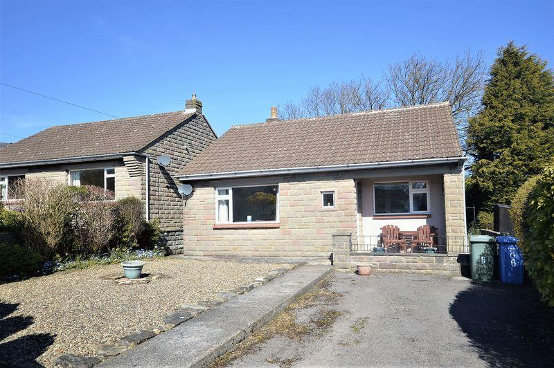2 Bedrooms Bungalow for sale in Selstone Crescent, Whitby