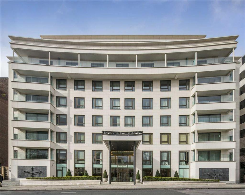 4 Bedrooms Flat for sale in Embassy Court, St John's Wood, London, NW8