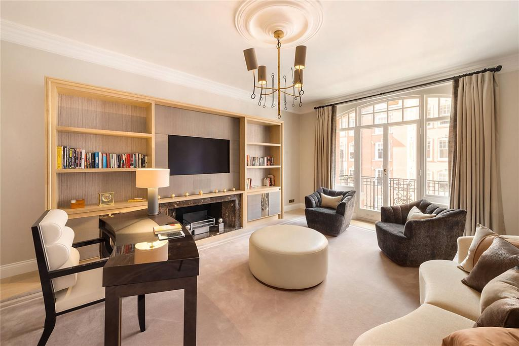 4 Bedrooms Flat for sale in Oakwood Court, London